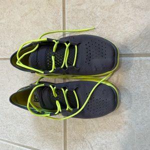 Men's Under Armour Speedform Shoes Size 11